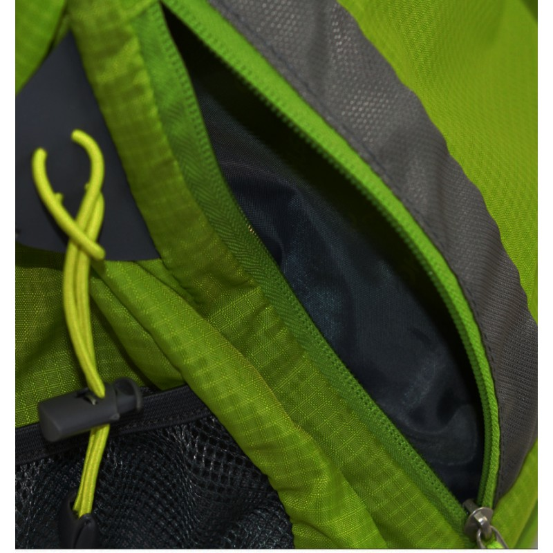180ef9a48a ... Husky Stingy 28 New zelená turistický batoh (7) ...