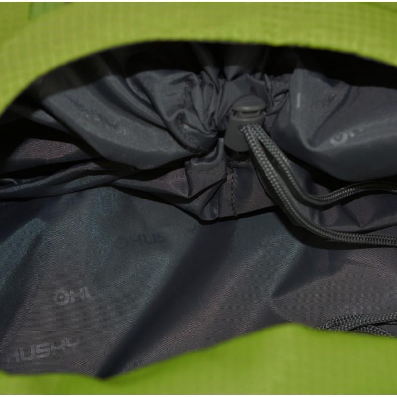 af3fe7447b ... Husky Stingy 28 New zelená turistický batoh (8) ...